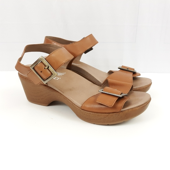 For The Walking Company Heel Sandals 41